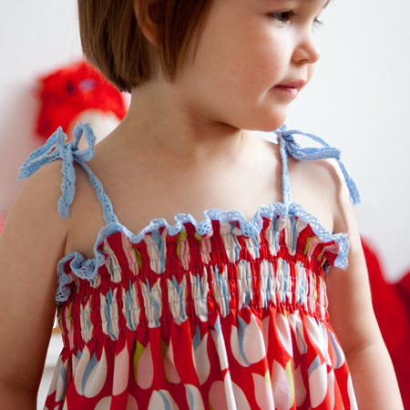 Sewing video tutorial for smocking