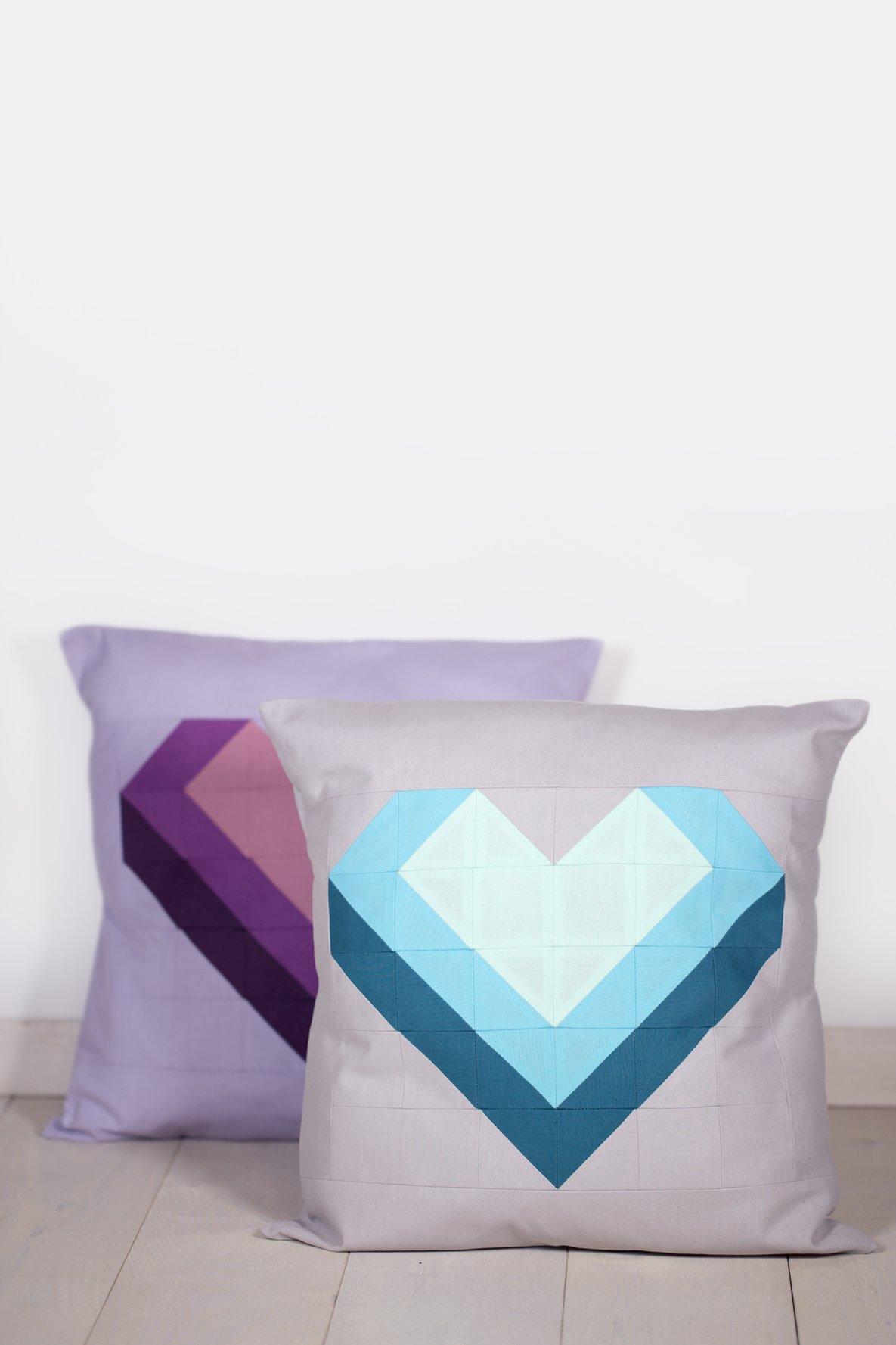 schnittmuster kissen patchwork herz. Black Bedroom Furniture Sets. Home Design Ideas