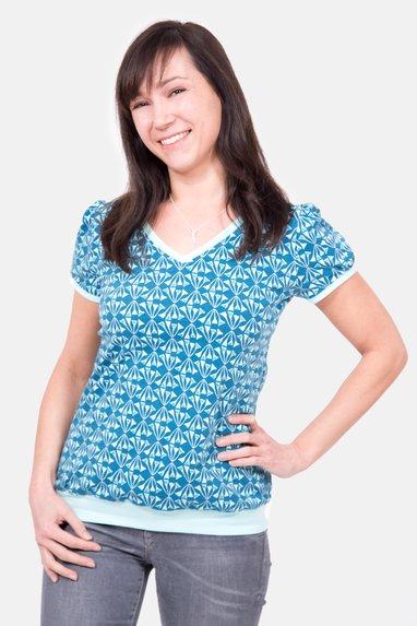 7c1a9b5233d2 Schnittmuster Shirt runder Ausschnitt Bündchen nähen  Schnittmuster  Damenshirt Puffärmel Saumbund V-Ausschnitt Nähanleitung ...
