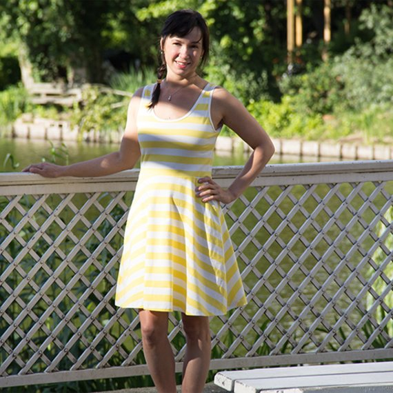 free tutorial skater dress combined with tank top